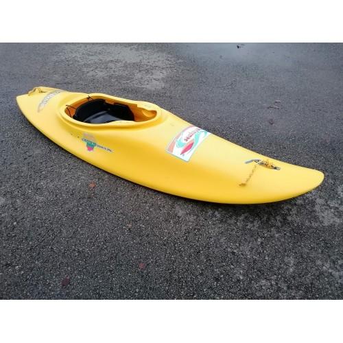 Naudota baidarė MEGA MAVERICK PE SURF